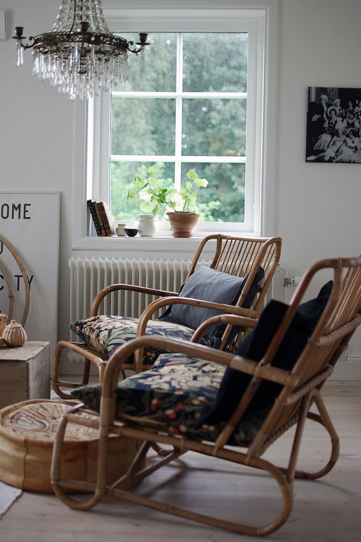 Sommarfynd och ett ommöblerat rum